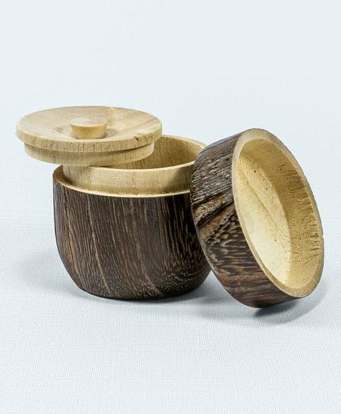 Natsume aus Holz