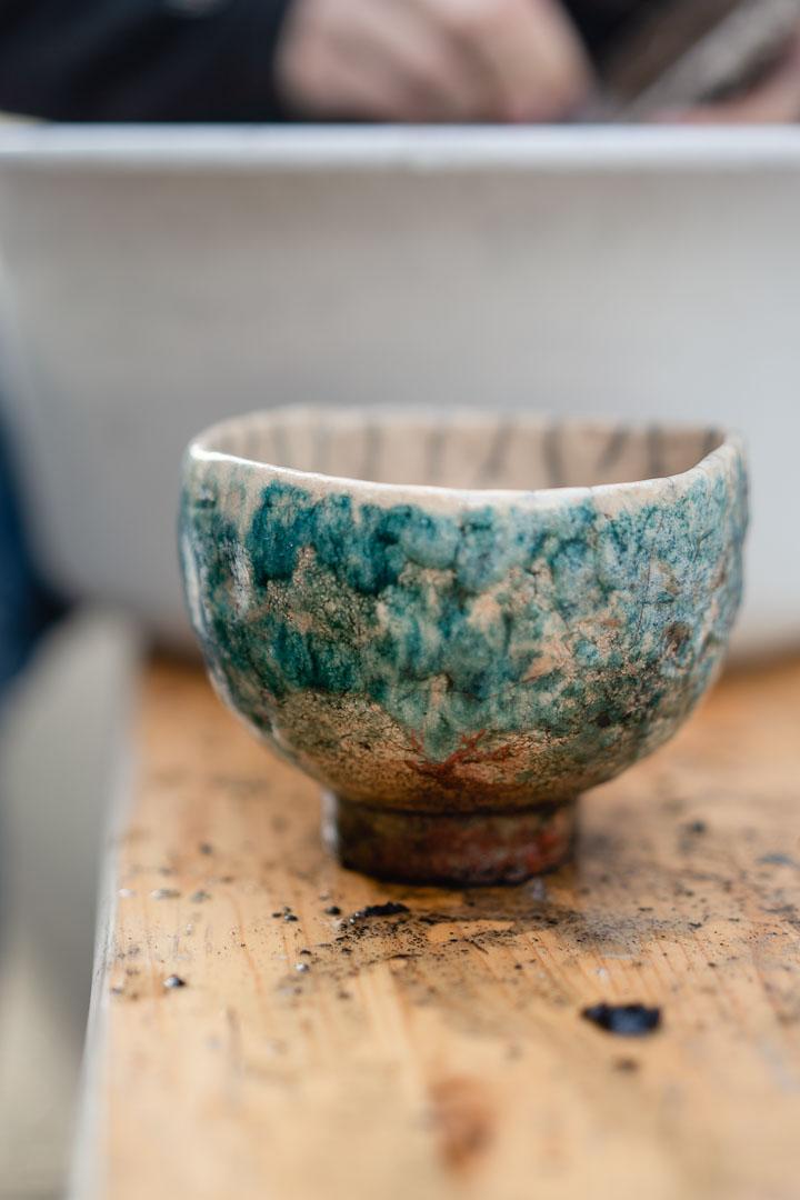 dreckige Raku-Keramik Schale