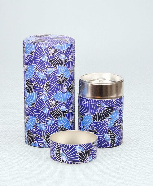 Japanische Seidenpapierteedose mit blauem Muster